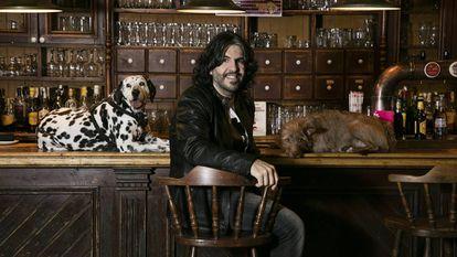 JJ Vaquero, el humorista que cuenta sus chistes a sus perros