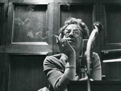 Hannah Arendt, en la Universidad de Chicago en 1966.