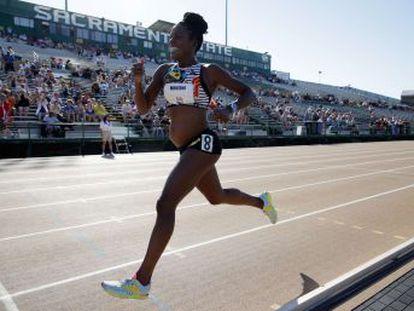 La deportista estadounidense Alysia Montaño corrió los 800 metros encinta de cinco meses