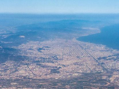 Vista aérea del área metropolitana de Barcelona.