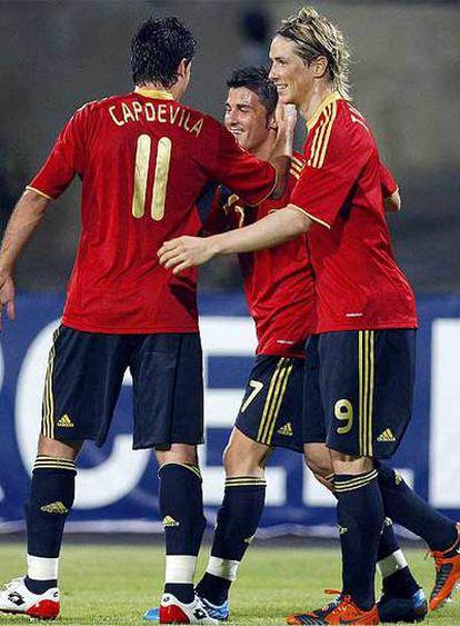 Villa, junto a Capdevilla y Torres en el partido ante Azerbaiyán.