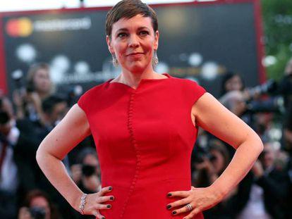 Olivia Colman en el Festival de Cine de Venecia, el pasado septiembre. En vídeo, la actriz recoge el Oscar por 'La favorita'.