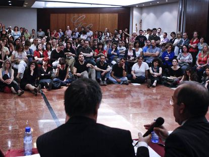 Asamblea de trabajadores del Incasòl en 2012, cuando se anunció el Ere.