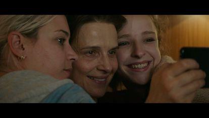 From left, Hélène Lambert, Juliette Binoche and Léa Carne, in 'Between Two Worlds', by Emmanuel Carrère.