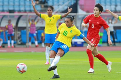 Marta, at the moment of scoring a goal against China.