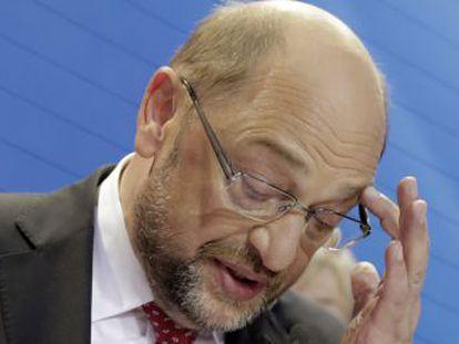 El líder socialdemócrata interpreta el 20,5% de los votos como un mandato para abandonar la gran coalición y evitar que la ultraderecha lidere la oposición
