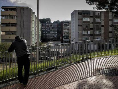 Ciutat Meridiana, en Nou Barris, es el barrio con menor renta de Barcelona.