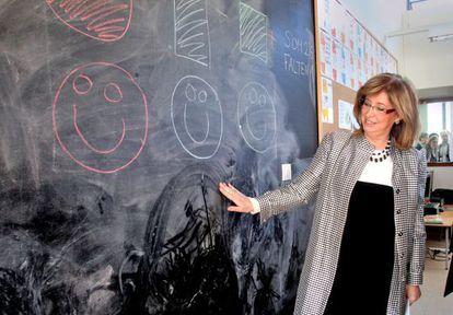 Irene Rigau inaugura la escuela e instituto de la Mitjana en Lleida.
