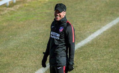 Simeone, durante el último entrenamiento del Atlético previo al partido de vuelta de los cuartos de final de la Copa ante el Sevilla.