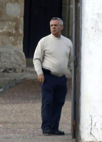 El cura José Donoso en Mengabril el pasado mayo.