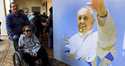 Preparación en Paraguay para la visita del Papa.