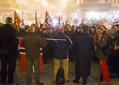 Manifestación ayer en Oslo de simpatizantes del movimiento islamófobo Pegida.