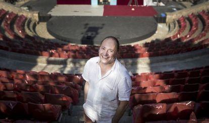 Ramon Simó, en el teatro griego de Montjuïc que da nombre al festival de verano de Barcelona que comienza este miércoles.