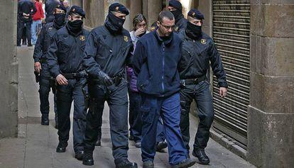 Óscar Peralta, alias 'Baby White', al ser detenido en 2014.