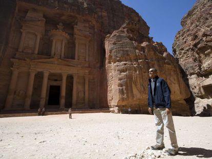 Barack Obama visita las ruinas de la milenaria ciudad de Petra, el sábado.