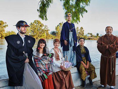 Miembros de un grupo de teatro que escenifica la llegada de la expedición japonesa encabezada por el samurái Hasekura al municipio en el siglo XVII.