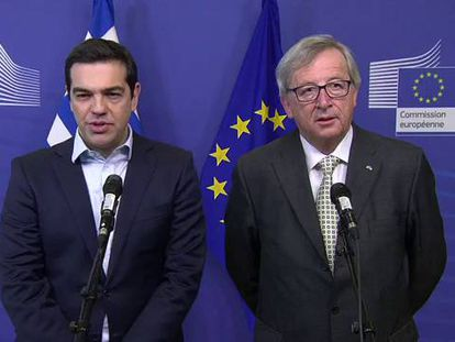 Alexis Tsipras y el presidente de la Comisión, Jean-Claude Juncker.