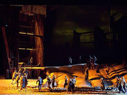 Escena de la ópera 'El holandés errante', de Richard Wagner, en la Ópera de Lyon.