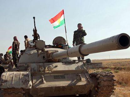 Tropas kurdas durante una operación contra el EI en Irak.