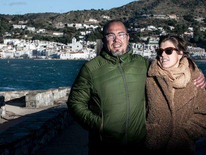 el matrimonio formado por Pau Barandiaran y Anna Morcillo, en Port de la Selva.