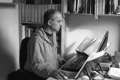 El traductor Hernán Sabaté.