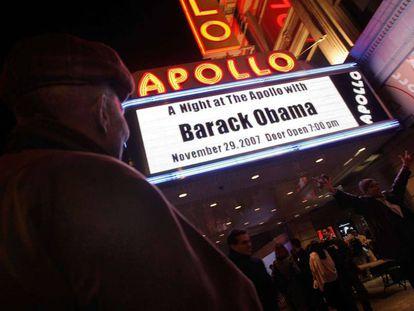 Marquesina del teatro Apollo en Harlem, Nueva York, el 29 de noviembre de 2007, cuando Obama dio un discurso siendo candidato demócrata a la Presidencia.