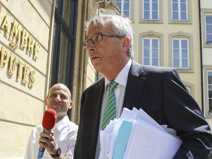 Juncker llega al Parlamento.