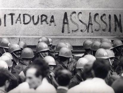 Manifestación en el Río de Janeiro contra la dictadura militar en 1968