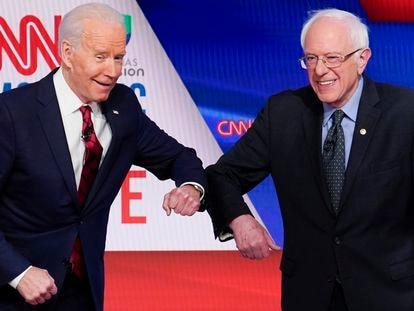Sanders y Biden, durante el debate de este domingo.