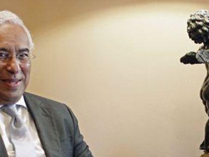 António Costa, durante la entrevista con el presidente de Portugal, Aníbal Cavaco Silva. / HUGO CORREIA (REUTERS)