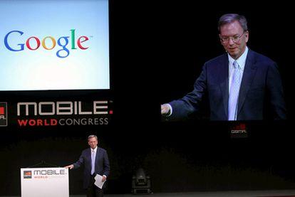 Eric Schdmit, el consejero delegado de Google, en su conferencia dentro del Congreso Mundial de Móviles de Barcelona.