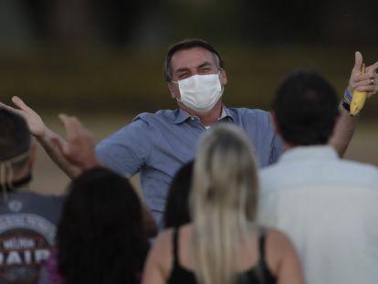 El presidente de Brasil, Jair Bolsonaro, en julio, cuando estuvo contagiado con la covid-19.