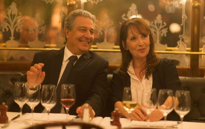 Los actores Christian Clavier y Chantal Lauby en 'Dios mío, ¿pero qué te hemos hecho?'.