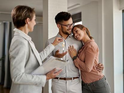 La rentabilidad que ofrece el alquiler y su alta demanda son las razones más importantes que han propiciado el aumento de las inversiones en el sector residencial.