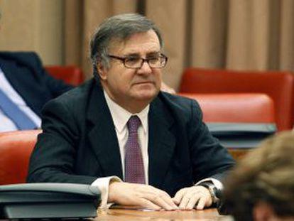 García-Tizón, tras su elección como presidente de la Comisión Constitucional.