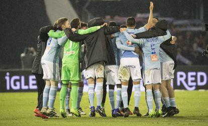 Los jugadores del Celta celebran su pase a las semifinales de la Copa del Rey.