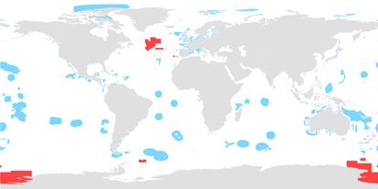 Distribución de áreas marinas protegidas. En azul, las de aguas nacionales. En rojo, las de aguas internacionales. Fuente: PNUMA/UICN.