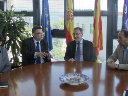Ximo Puig con el rector de la Universidad Jaume I, Vicent Climent.