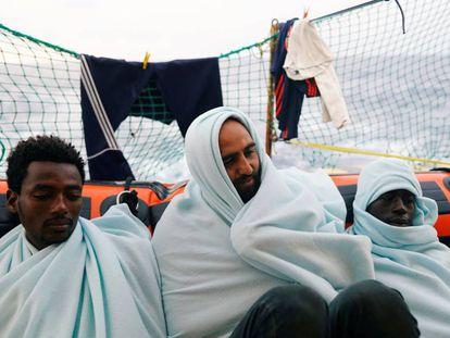 Migrantes en el barco de Proactiva Open Arms.