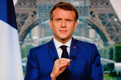 Emmanuel Macron este lunes durante su discurso televisado.