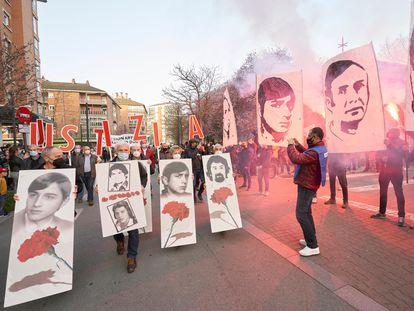 Varios miles de personas han participado este miércoles en Vitoria en la manifestación, para exigir memoria y justicia, en recuerdo a los cinco trabajadores que murieron por disparos de la policía el 3 de marzo de 1976.