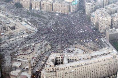Vista de la plaza de Tahrir, donde se reunieron los pro-Ejército el sábado.