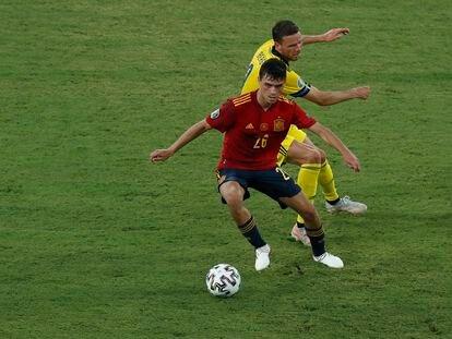 Pedri protege el balón durante el España-Suecia (0-0) disputado el pasado 14 de junio en el estadio de La Cartuja.
