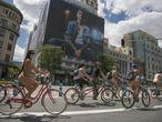Celebración de la marcha ciclonudista World Naked Bike Ride 2020, el 13 de junio en Madrid.