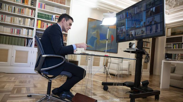 Pedro Sánchez participa en el Consejo Europeo por videoconferencia, el pasado 26 de marzo.