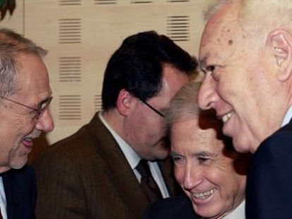 García Margallo (d),  junto a Solana y Ben Ami en el acto de Citpax.