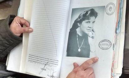 Detalle del expediente de búsqueda de la desaparecida italo-argentina Rafaella Filipazzi, identificada en Argentina en agosto de 2016, casi 30 años después de su asesinato.