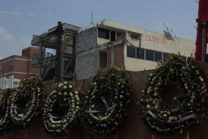 Trabajos de demolición del colegio Enrique Rébsamen, en la delegación Tlalpan, que colapsó en el terremoto de 2017.