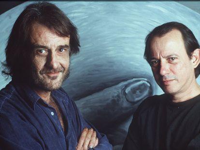 Silvio Rodríguez (derecha) y Luis Eduardo Aute, en  1995.