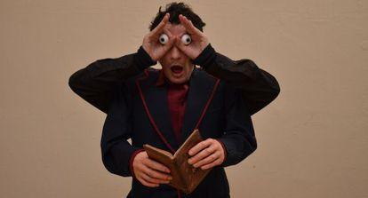 Roberto White interpreta 'Sueños I' en el Centro Dramático Nacional.